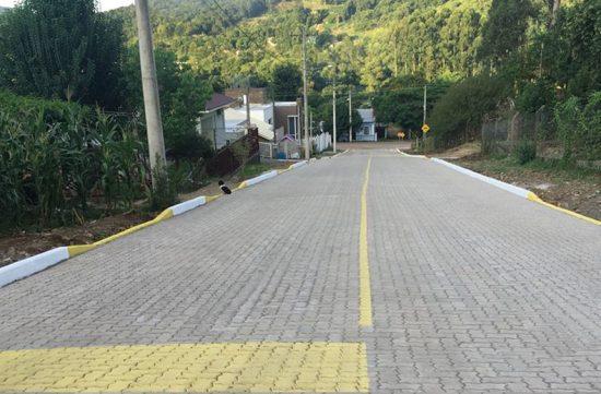 Pavimentação realizada em Arroio Feliz na cidade de Feliz - RS